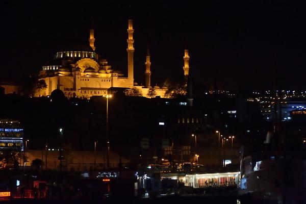 Istanbul bei Nacht