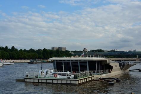 Moskau - Schwimmender Landeplatz
