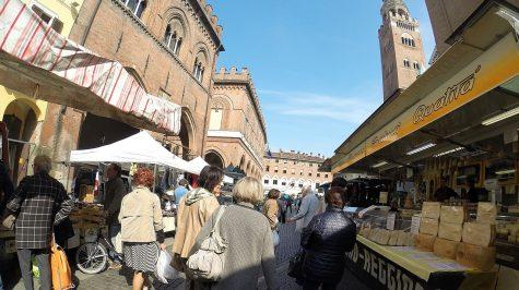 Cremona - Markt am Domplatz