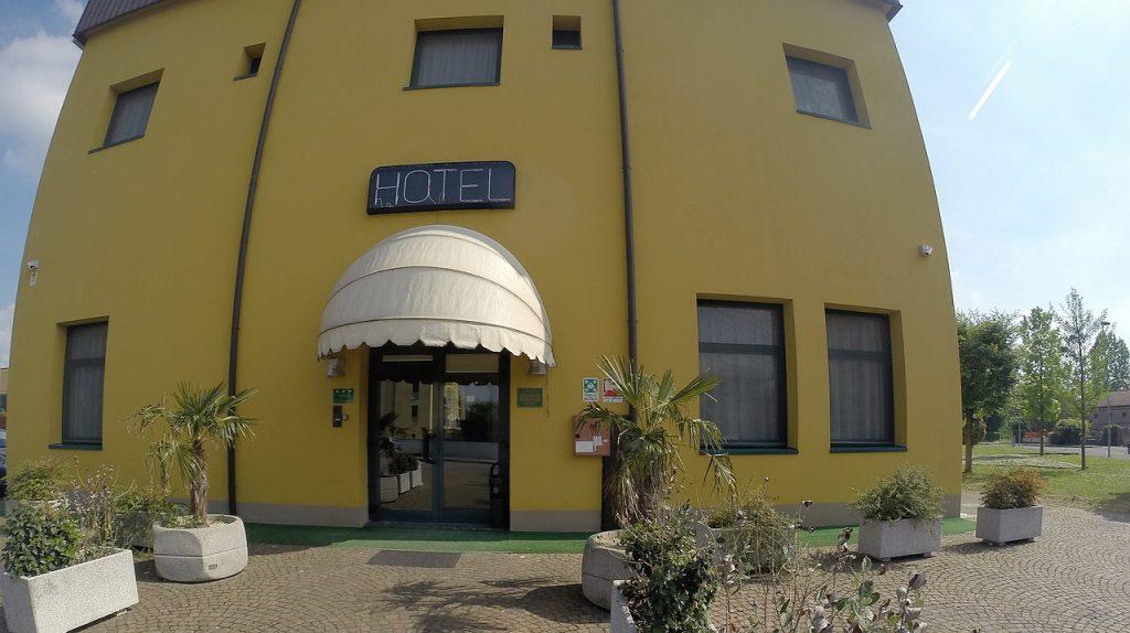 Ostiglie - Hotel La Ciminiera